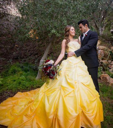 Disney Klasiği Güzel ve Çirkin Temalı Düğün Fotoğraflarından Masal Gibi Detaylar