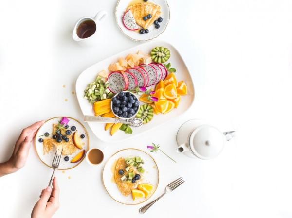 Sağlıklı Beslenmek için Renkli Servisler