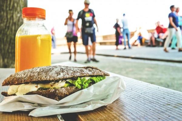 Sağlıklı Beslenmek Atıştırmalıklar